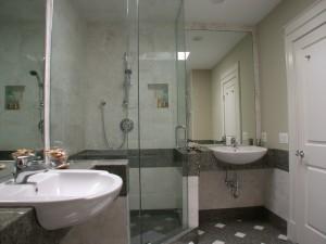 4 Piece Bathroom Medium Size Wilmette