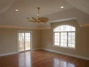 Bedroom with Volume, Tray Ceiling